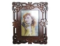 Image for Island Craft 4x6  Carved Shamrock Leaf Photo Frame