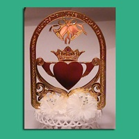 Image for Gold Plated Claddagh Cake Topper