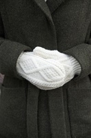 Image for Adult Aran Irish Handknit Mittens, Winter White