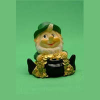Image for Polystone Figurine Leprechaun Crock Of Gold