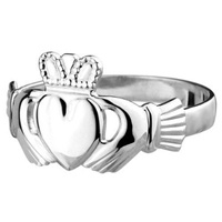 Image for Sterling Silver Standard Claddagh Ring