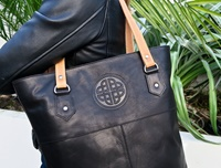Image for Classic Leather Tote Bag, Black by Lee River