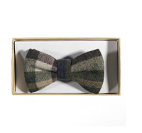 Image for Celtic Tweed Bow Tie, Green Check