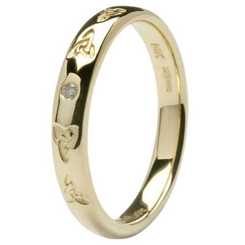 14K Yellow Gold Celtic Embossed Pressure Set Diamond Wedding Ring